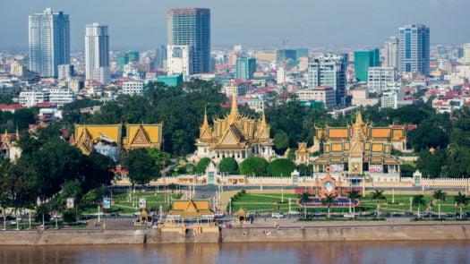 cityscape-phnom-penh-cambodia