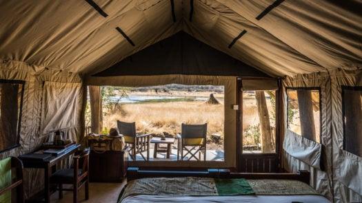 hide-safari-camp-zimbabwe