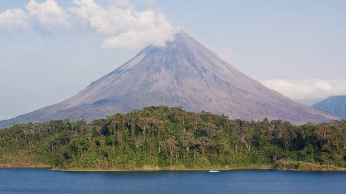 arenal-lake-volcano