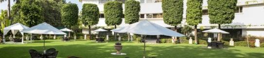claridges-hotel-delhi-exterior