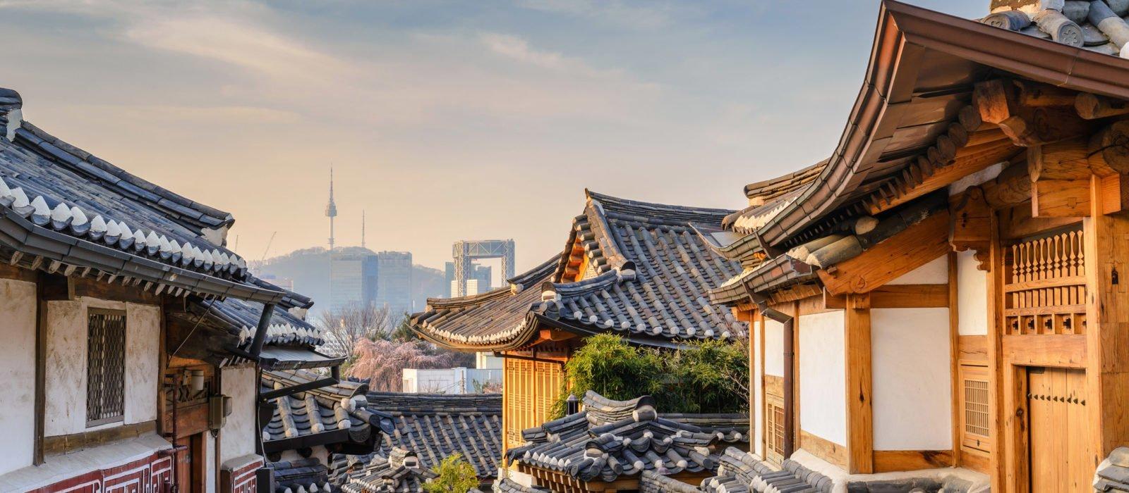 bukchon-hanok-village-south-korea