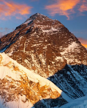mount-everest-sunset-nepal