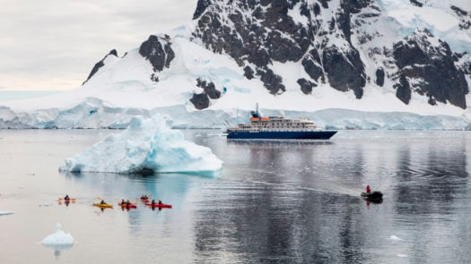 sea-kayaks-expedition-cruise-antarctica