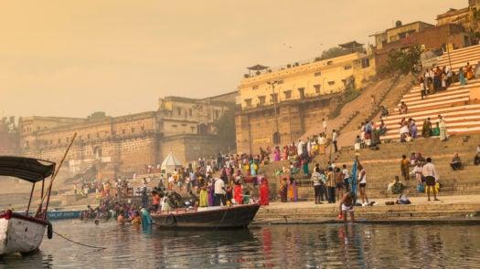 ganges-varanasi-india-morning