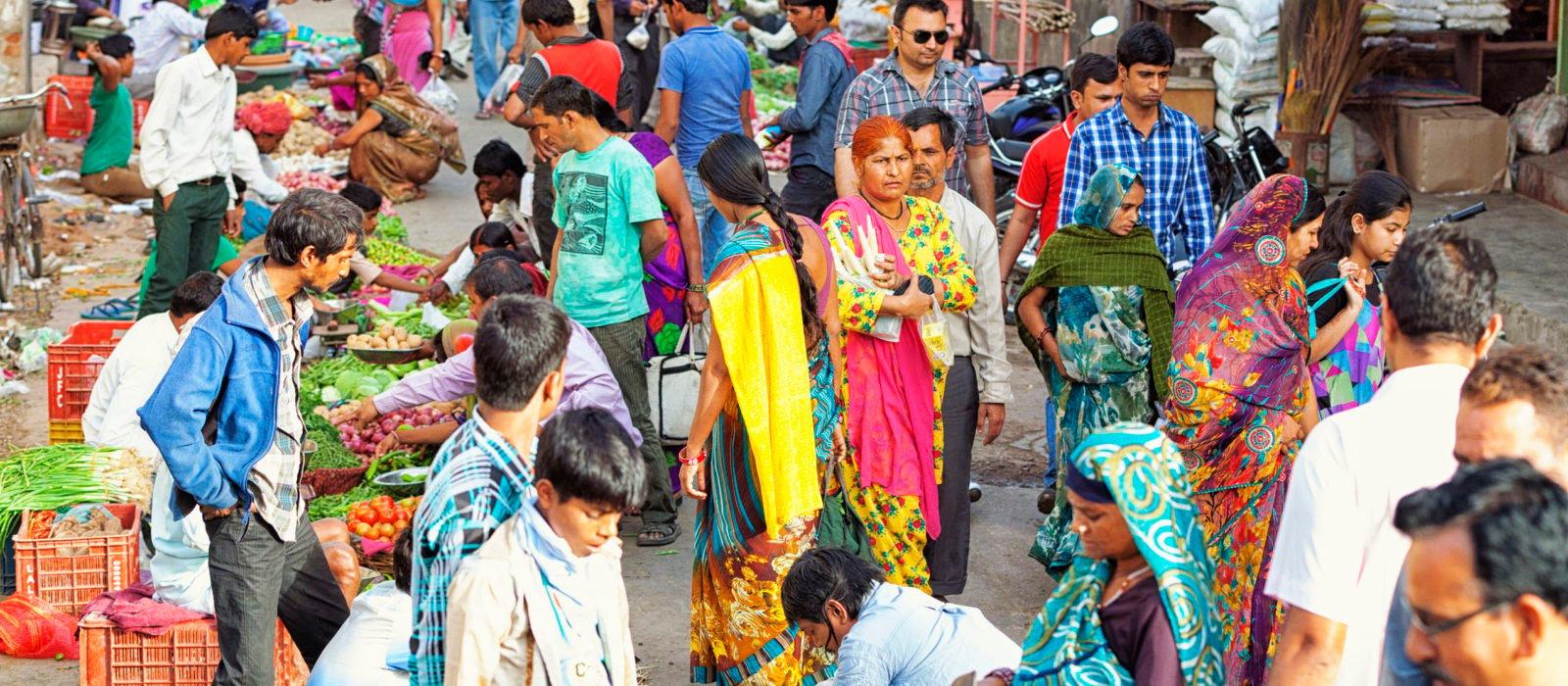market-people-jaipur-rajasthan-india