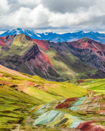 vinicuna-rainbow-mountain-peru