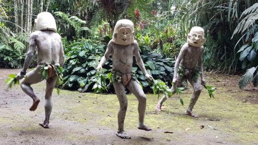 papua-new-guinea-mud-men
