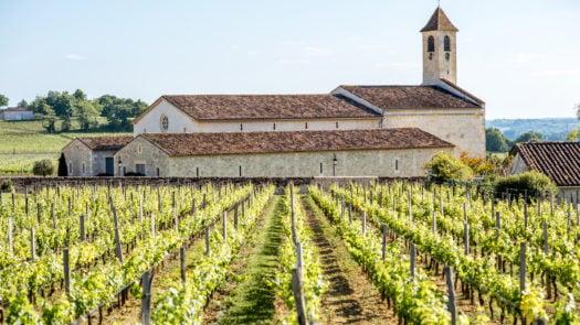 st-emilion-village-bordeaux-france