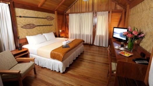 kokopo-bedroom-papua-new-guinea
