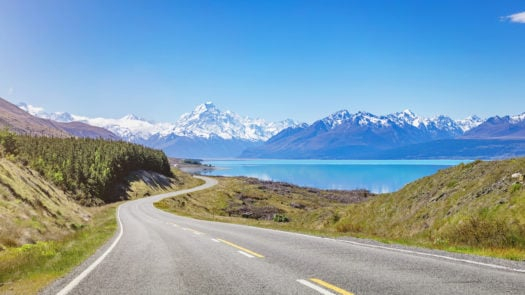 mount-cook-lake-pukaki-new-zealand