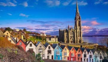 colourful-houses-cobh-cork-ireland