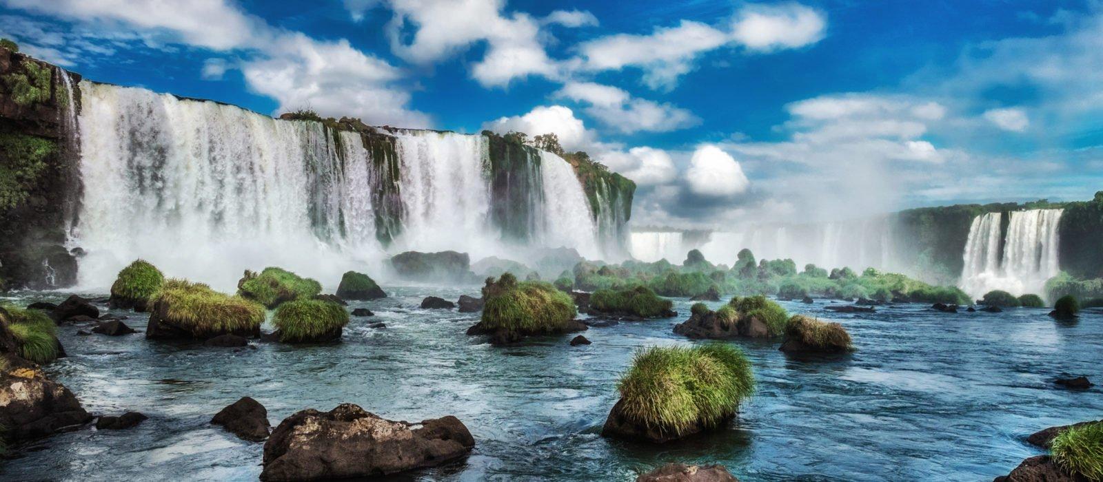 iguacu-falls-brazil-latin-america
