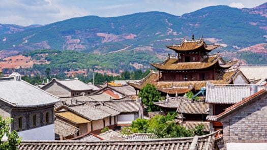 traditional-chinese-tiled-roofs-dali-china