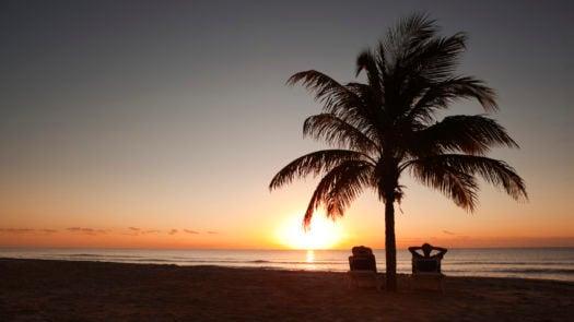 sunrise-tropical-paradise-cancun-mexico