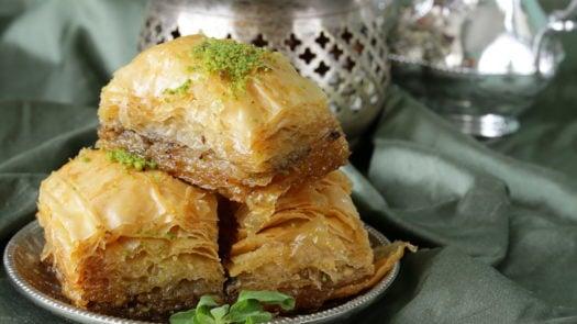 arabic-dessert-baklava