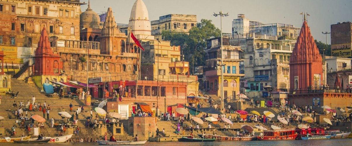 varanasi-india-ghats